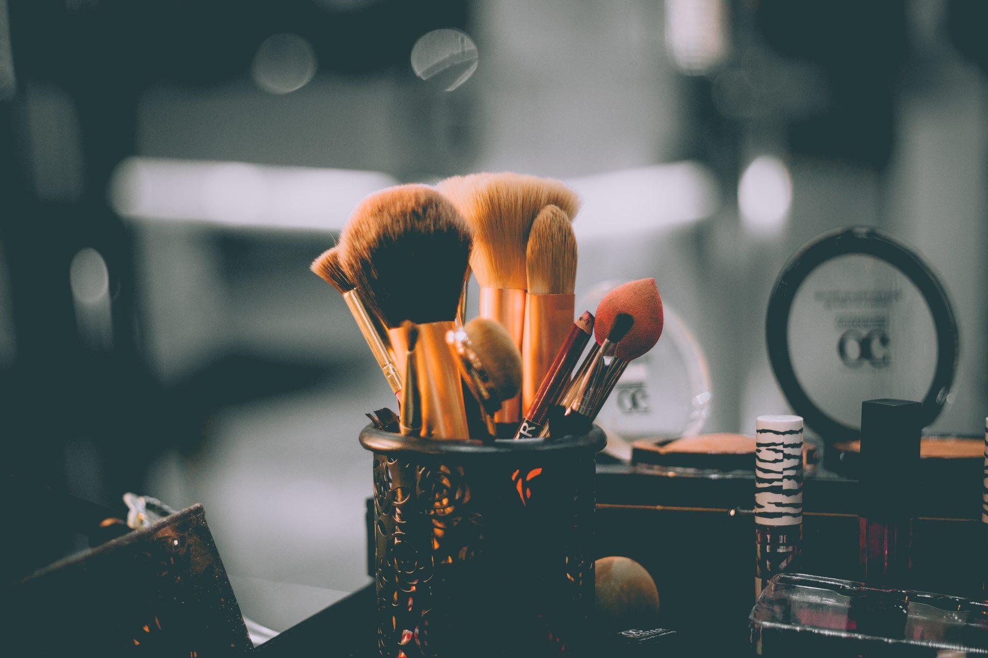 How Much Money Can A Makeup Artist Earn?